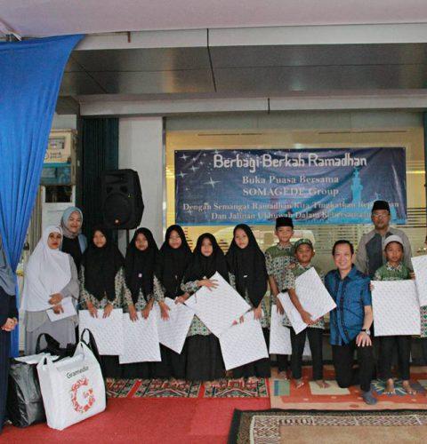 Somagede Indonesia Buka Puasa Bersama & Santuni Anak Yatim Piatu Yayasan Al-Muttaqin An Nursyahim