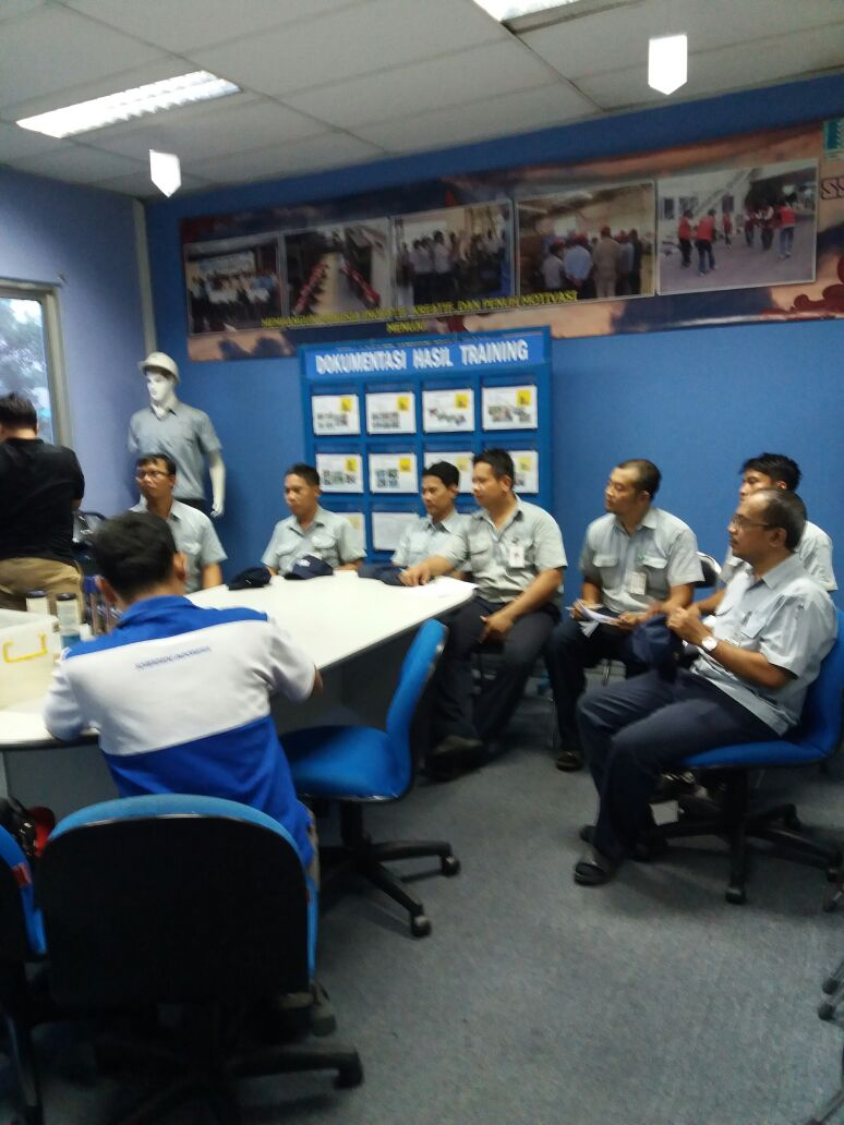 In-House Training Product Lubri Lab di Saitama Stamping