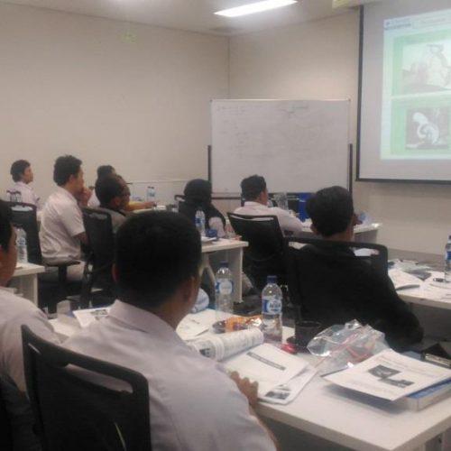InHouse Training at SUMIA - Basic Course Turning